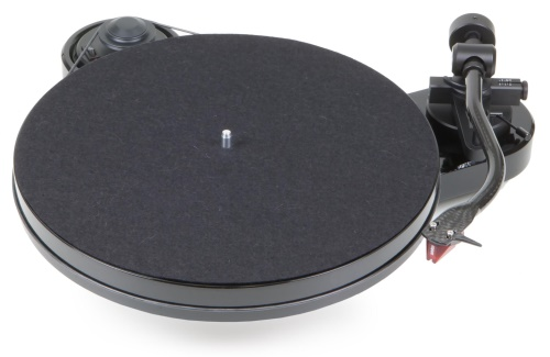 Pro-Ject RPM 1 Carbon + (2M-Red)